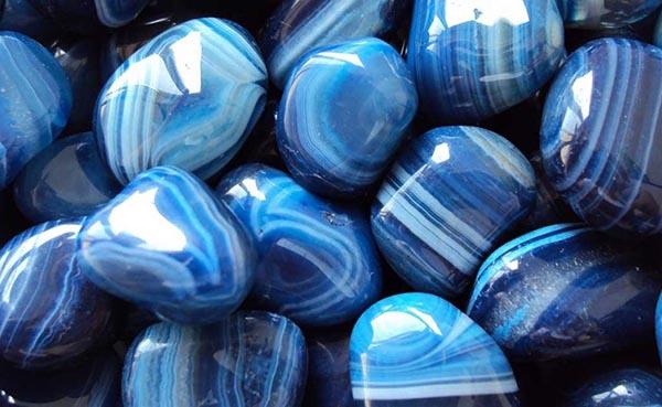 significado de las piedras azules